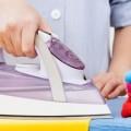 Tips menyetrika baju cepat dan rapi